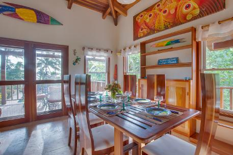 Coral Caye Villa, Dining, library, Belize