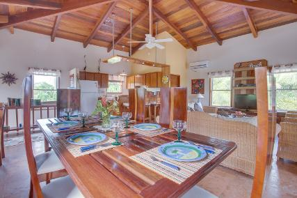 Coral Caye Villa, Dining, Belize